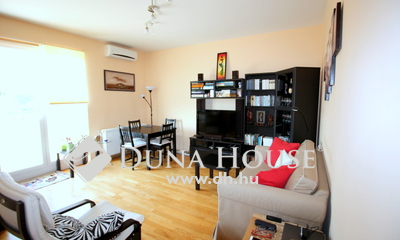 Eladó Lakás, Budapest, 18 kerület, Hatalmas terasz két szoba gk beálló