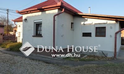Eladó Ház, Pest megye, Szentmártonkáta, Rendezett, csendes környék