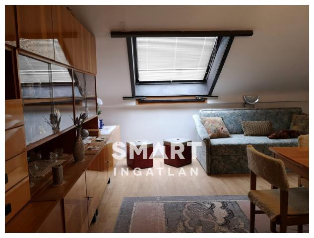 Eladó Lakás, Vas megye, Szombathely, Belvárosban 2. em.-i, 2 szobás, felújítandó lakás
