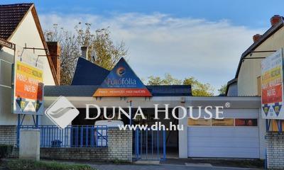 Eladó üzlethelyiség, Baranya megye, Pécs, Kiváló befektetés 6-os főút mellett