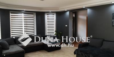 Eladó Ház, Szabolcs-Szatmár-Bereg megye, Nyíregyháza, Orosi útból nyíló utcában, igényes ikerház