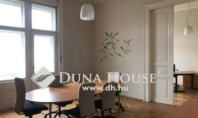 Eladó Lakás, Budapest, 5 kerület, Dunától pár percre eladó egy 189 m2 lakás!