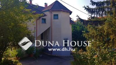 Eladó Ház, Baranya megye, Pécs, Műszaki és Informatikai Karral szemben