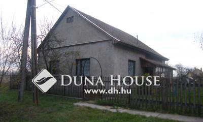 Eladó Ház, Csongrád megye, Fábiánsebestyén, Alkotmány utca