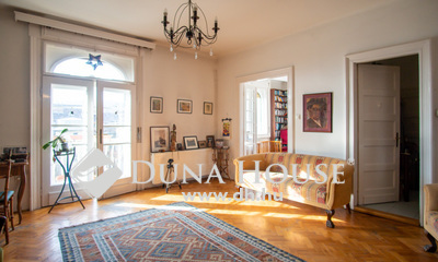 Eladó Lakás, Budapest, 1 kerület, Váralján panorámás, erkélyes, nappali+ 3 hálós