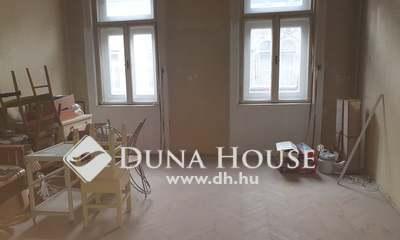 Eladó Lakás, Budapest, 6 kerület, 3 lakássá vagy 5 szobássá alakítható!