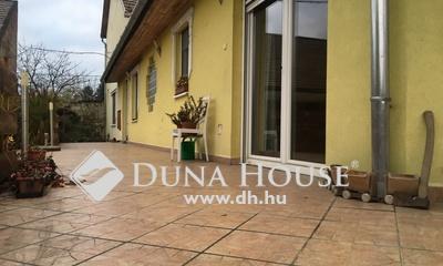 Eladó Ház, Pest megye, Verőce, Vasútállomás közelében, csendes
