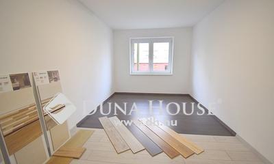 Eladó Lakás, Bács-Kiskun megye, Kecskemét, Újszerű 1 szobás lakás - 4. emelet