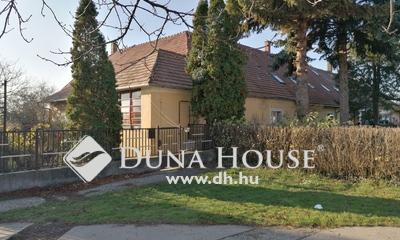 Eladó Ház, Fejér megye, Bicske, 2 lakrészes ingatlan a központban
