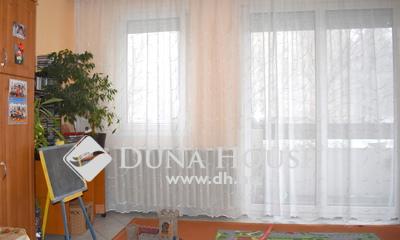 Eladó Lakás, Veszprém megye, Veszprém, Földszinti, négy szobás lakás a Jutasin