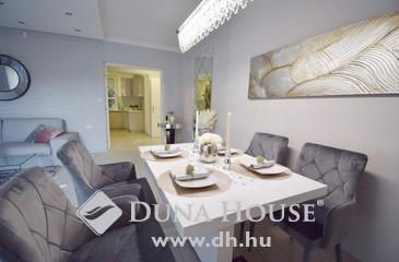 Eladó lakás, Budapest 2. kerület, Kertkapcsolatos luxuslakás, újszerű házban