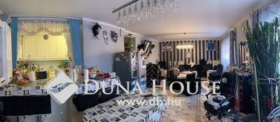 Eladó Ház, Budapest, 15 kerület, Csokonai Műv.Kzp-hoz közel 4 szobás ház