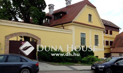 Eladó Ház, Komárom-Esztergom megye, Tata, Központ és tópart közelében