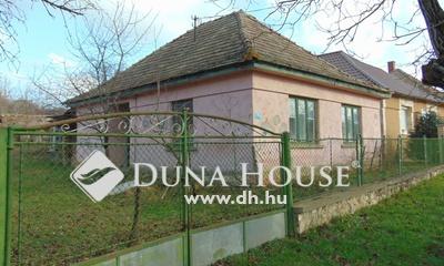 Eladó Ház, Komárom-Esztergom megye, Réde, Csendes utca, vállalkozásra alkalmas