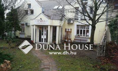 Eladó Ház, Pest megye, Gödöllő, Gödöllő Központjában
