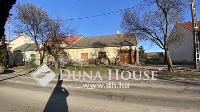 Eladó Ház, Heves megye, Eger, Belváros (Kertész utca körforgalom közelében)