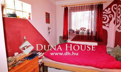 Eladó Ház, Komárom-Esztergom megye, Tatabánya, nyugodt, családi házas övezetében