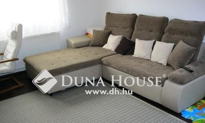 Eladó Ház, Budapest, 14 kerület, A Fogarasi út közelében, csendes mellékutcában.