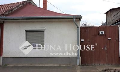 Eladó Ház, Komárom-Esztergom megye, Esztergom, Honvéd utca