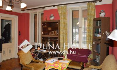 Eladó Lakás, Budapest, 6 kerület, Teréz körúttól 50 méterre felújítandó lakás