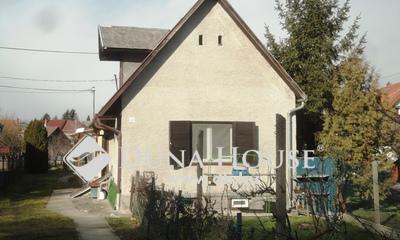 Eladó Ház, Győr-Moson-Sopron megye, Sopron, Kertvárosban kis ház kerttel, tetőtér beépíthető