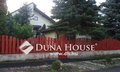 Eladó Ház, Jász-Nagykun-Szolnok megye, Jászberény, Kertvárosban, főiskola szomszédságában