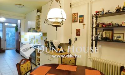Eladó Ház, Hajdú-Bihar megye, Debrecen, Tégláskert fával övezett, hangulatos utcájában