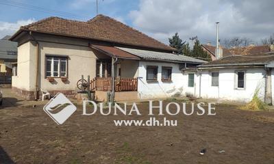 Eladó Ház, Budapest, 18 kerület, Miklóstelepen, 721 nm-es telken, felújítandó ház