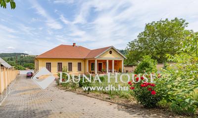 Eladó Ház, Nógrád megye, Vanyarc, Felújított Veres Pálné kúria 3 hektár területtel