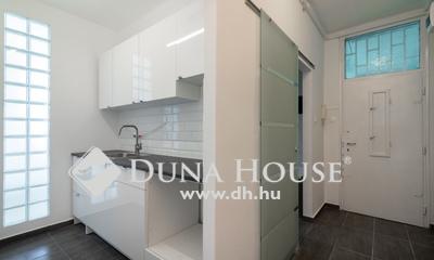 Eladó Lakás, Budapest, 9 kerület, Szigetelt TÉGLA házban, ÚJ 1,5 szobás, ERKÉLYES