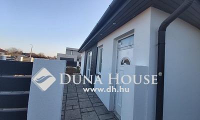 Eladó Ház, Szabolcs-Szatmár-Bereg megye, Nyíregyháza, Orosi út környékén, Új építésű ikerház