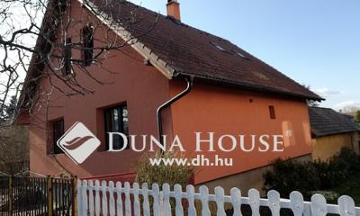 Eladó Ház, Komárom-Esztergom megye, Szárliget, Csendes helyen 2 utcára nyíló