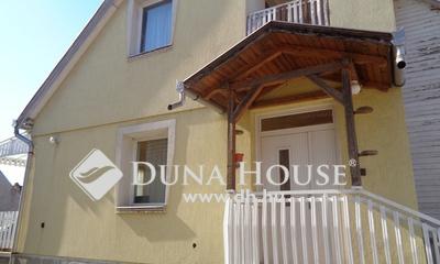 Eladó Ház, Bács-Kiskun megye, Izsák, Full belvárosban