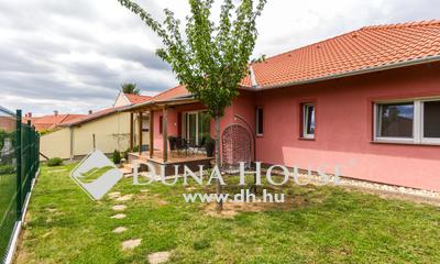 Eladó Ház, Baranya megye, Pécs, -)RÓZSADOMBON ÚJSZERŰ NAPPALI+3HÁLÓS HÁZ ELADÓ(-