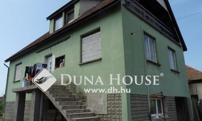 Eladó Ház, Pest megye, Nagykáta, Vasútállomáshoz közeli