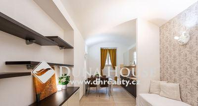 For sale flat, Hálkova, Praha 2 Nové Město