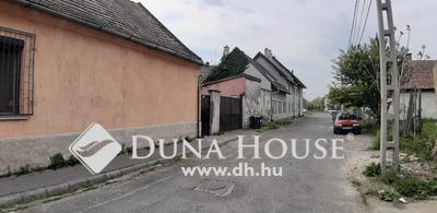 Eladó Ház, Győr-Moson-Sopron megye, Győr, SZIGETBEN FELÚJÍTANDÓ CSALÁDI HÁZ