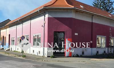 Eladó Ház, Vas megye, Szombathely, Pláza közelében üzlethelyiségek és lakások