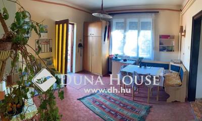 Eladó Ház, Budapest, 18 kerület, Kandó Tér mellett, hatalmas telken egyszintes ház