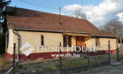 Eladó Ház, Pest megye, Farmos, központhoz közeli