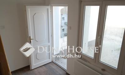 Eladó Lakás, Budapest, 20 kerület, Négy lakás házból, jól kiadható, autóbeállóval