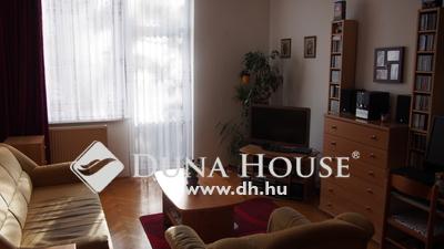 Eladó Lakás, Komárom-Esztergom megye, Esztergom, Szalézi utca