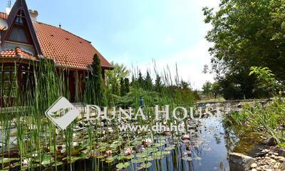 Eladó Ház, Bács-Kiskun megye, Lajosmizse, 150 m2-es ház medencével, kerti tóval és erdővel