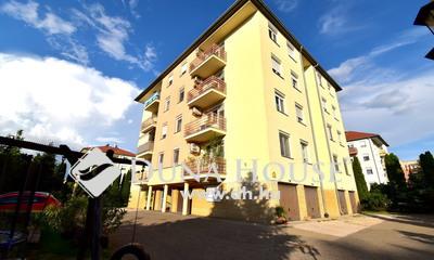 Eladó Lakás, Bács-Kiskun megye, Kecskemét, Tömörkény István utcában 60 m2-es erkélyes lakás