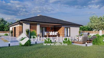 Eladó Ház, Bács-Kiskun megye, Kecskemét, Nappali + 4 szobás új ház, 900 nm-es telken