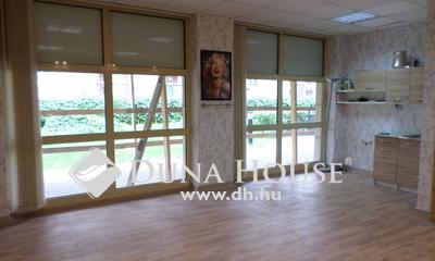 Eladó üzlethelyiség, Budapest, 9 kerület, Gizella parkban, földszinti iroda/üzlet