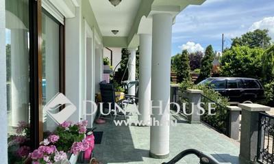Eladó Ház, Zala megye, Keszthely, Balatonpart közelében nívós családi ház
