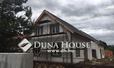 Eladó Ház, Pest megye, Mogyoród, Domboldal tövében, csendes, zöld utcában