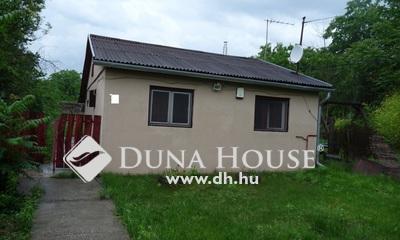Eladó Ház, Pest megye, Szentmártonkáta, Vasútállomáshoz közeli