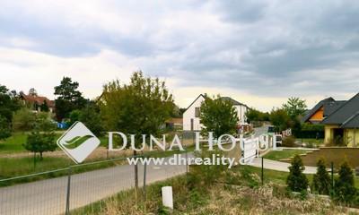 Prodej pozemku, Sukova, Šestajovice